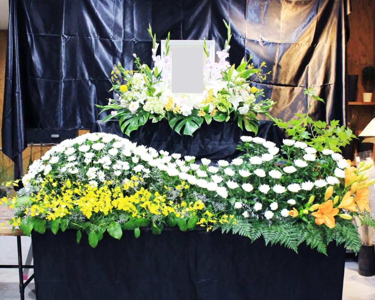 花はるの葬式用の供花2